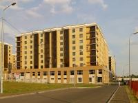 Казань, улица Габдуллы Кариева, дом 10. многоквартирный дом
