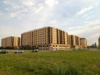 Казань, улица Габдуллы Кариева, дом 12. многоквартирный дом