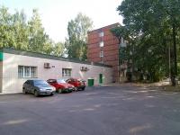Казань, улица Комарова, дом 10. многоквартирный дом
