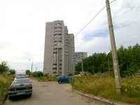 Kazan, Latishskih strelkov st, house 14. Apartment house