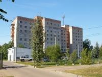 Казань, улица Оренбургский тракт, дом 2. многоквартирный дом