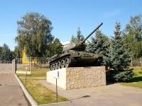 Казань, памятник танк Т-34улица Оренбургский тракт, памятник танк Т-34