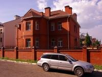 Казань, улица Касаткина, дом 31. офисное здание КровЖилстрой, строительно-монтажная компания