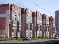 neighbour house: st. Akademik Glushko, house 26. Apartment house