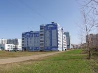 Казань, улица Рашида Вагапова, дом 13. многоквартирный дом