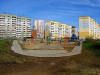 Казань, улица Хайдара Бигичева. детская площадка