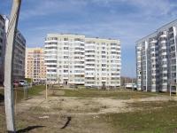 Казань, улица Минская, дом 42. многоквартирный дом
