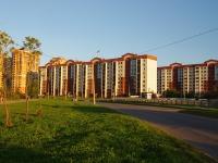 Kazan, st Dunayskaya, house 40. Apartment house