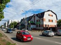 Казань, улица Максимова, дом 27Б. многофункциональное здание