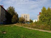 Альметьевск, улица Гафиатуллина, дом 5. многоквартирный дом