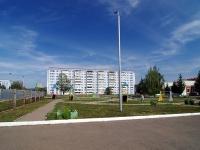 Альметьевск, улица Нефтяников, дом 11. многоквартирный дом