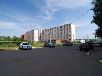 Almetyevsk, Neftyanikov st, house 15. Apartment house