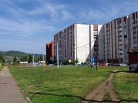 Альметьевск, улица Нефтяников, дом 15. многоквартирный дом