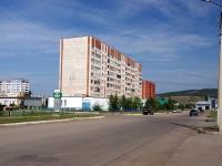 Альметьевск, улица Нефтяников, дом 17. многоквартирный дом