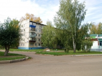 Альметьевск, улица Нефтяников, дом 35. многоквартирный дом