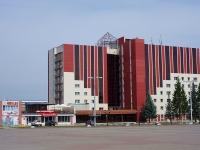 """Альметьевск, гостиница (отель) """"Альметьевск"""", улица Ленина, дом 94"""