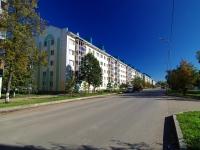 Альметьевск, улица Белоглазова, дом 50. многоквартирный дом