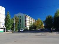 Альметьевск, улица Белоглазова, дом 56. многоквартирный дом