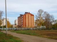 Альметьевск, улица Нариманова, дом 105. многоквартирный дом
