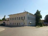 Елабуга, улица Большая Покровская, дом 11. многоквартирный дом