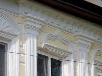 Elabuga, Bolshaya Pokrovskaya st, house 35. Apartment house