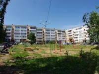 Елабуга, Нефтяников проспект, дом 13. многоквартирный дом