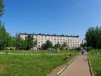 Елабуга, Нефтяников проспект, дом 16. многоквартирный дом