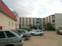 Elabuga, Neftyanikov avenue, house 60. Apartment house
