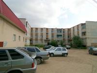 Elabuga, Neftyanikov avenue, house 60. Apartment house