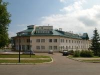 Елабуга, Нефтяников проспект, дом 82