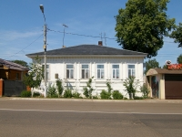 Elabuga, Neftyanikov avenue, house 135. Private house
