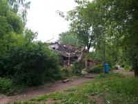 Elabuga, st Zemlyanukhin, house 6. dangerous structure