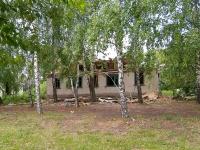 Elabuga, st Zemlyanukhin, house 14. dangerous structure