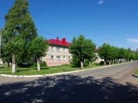 Elabuga, Zemlyanukhin st, 房屋 16. 公寓楼