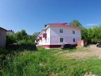 Elabuga, st Razvedchikov, house 43А. Apartment house
