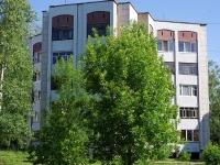 Elabuga, st Razvedchikov, house 48. Apartment house