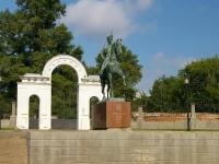 Elabuga, st Razvedchikov. monument