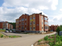 Elabuga, Tysyacheletiya st, house 4. Apartment house