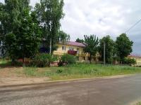 Elabuga, st Karyernaya, house 49. Apartment house