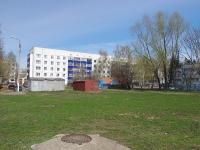 Нижнекамск, улица Бызова, дом 10. многоквартирный дом