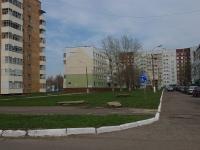 Нижнекамск, улица Мурадьяна, дом 18. многоквартирный дом