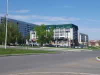 Нижнекамск, Вахитова проспект, дом 12. многоквартирный дом
