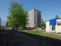 Нижнекамск, Вахитова проспект, дом 13. многоквартирный дом