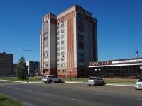 Нижнекамск, Химиков проспект, дом 5. многоквартирный дом