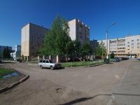 Нижнекамск, Шинников проспект, дом 9. многоквартирный дом