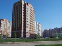 Нижнекамск, улица Сююмбике, дом 13. многоквартирный дом