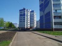 Нижнекамск, улица Сююмбике, дом 32. многоквартирный дом