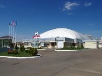 """Нижнекамск, улица Ямьле, дом 20. спортивный комплекс """"Батыр"""""""