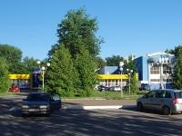 Нижнекамск, улица Юности, дом 7А. многофункциональное здание