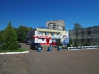 Нижнекамск, улица Корабельная, дом 8А. многофункциональное здание
